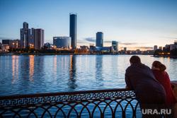 Ночной город. Екатеринбург, набережная, вечер, город екатеринбург, екатеринбург-сити