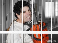 Клипарт depositphotos.com, псих, за решеткой, бензопила, психбольной, смирительная рубашка, сумасшедший