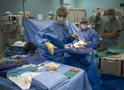 Открытая лицензия от 04.08.2016 , реанимация, операционная, операция, хирург, врачи, больница