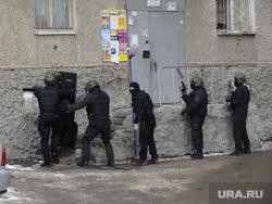 Взрыв боевой гранаты Уралмаш спецназ штурм дома