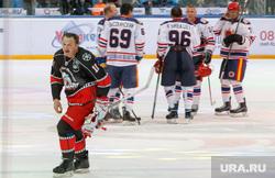 Марат Башаров после хоккейного матча со сборной правительства Свердловской области. Екатеринбург, хоккей, башаров марат