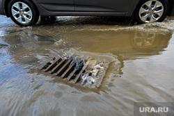 Последствия ливня в Челябинске, ливневая канализация, дождь, ливневка, ливень, потоп