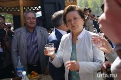 Комарова на Дружбе Народов. Нижневартовск, комарова наталья, стакан воды