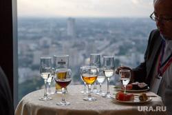 ИННОПРОМ-2017. Ответный прием японской стороны в ресторане Вертикаль в «Высоцком». Екатеринбург, бокалы, выпивка, алкоголь, банкет