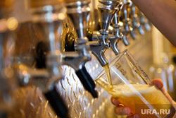 Крафтовое пиво в пивном баре JAWS SPOT. Екатеринбург, разливное пиво, пивной бар, пивные краны