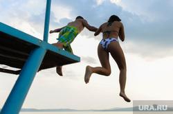 Пресс-тур по Синегорью Челябинск, лето, прыжок, молодежь, озеро