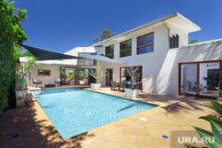 Клипарт depositphotos.com, недвижимость, бассейн, земля, частный дом, красивый дом, дом мечты