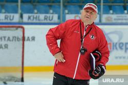 Новый тренер ХК