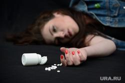 Дети зимой, проститутки, суицид, самоубийство, рейтинг, опросы, пытки, садизм, таблетки, самоубийство, суицид, отравление таблетками, суицидники