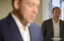 Прием документов на участие в выборах губернатора Свердловской области от Евгения Куйвашева. Екатеринбург, шептий виктор, куйвашев евгений, шептий дочь