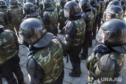 Празднование первого Дня войск Национальной гвардии. Тюмень, спецназ, внутренние войска, росгвардия, национальная гвардия, оцепление, силовики, омон, каски, шлемы, броня