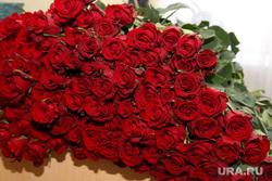 Прием Губернатором спортсменов Курган, розы, букет цветов