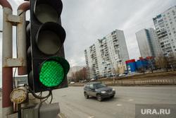 Виды города. Нижневартовск, светофор, зеленый свет
