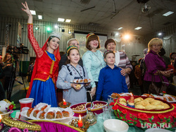 Празднование Дня народного единства. Сургут, азербайджанцы, день народного единства