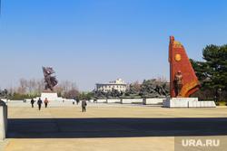 Северная корея, баллистические ракеты, ядерный взрыв, эксгибиционист, кровь на полу, северная корея, пхеньян, кндр, парк славы