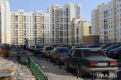 Общественные слушания по проекту застройки 3 и 4 квартала микрорайона Академический. Екатеринбург, автомобили, тротуар, академический район, парковка на обочине
