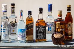 Акция уничтожения паленого алкоголя. контрафакт. Екатеринбург, водка, алкоголь, jack daniel's, контрафакт