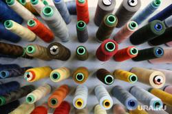 Подготовка к премьере Летучего голландца в Оперном. Екатеринбург, нитки, рукоделие, швейные принадлежности, швейная мастерская, шитье