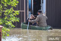 Наводнение в Ишиме 2017 года. Тюменская область, лодка, наводнение, паводок