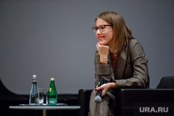 Ксения Собчак в Екатеринбурге. Встреча с электоратом и лекция для молодых мам, собчак ксения, портрет
