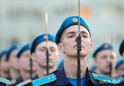 Генеральная репетиция парада 9 мая Челябинск, почетный караул, курсанты, летчики, штык, чввауш
