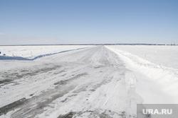 Ледовая переправа Салехард - Лабытнанги. 13 апреля 2017 г, зимняя дорога