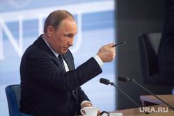 Пресс-конференция с Президентом России Владимиром Путиным. Архив. Москва, ручка, путин владимир