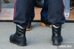 Митинг Алексея Навального. Челябинск, пропускной пункт, полиция, изъятые бутылки, конфискация