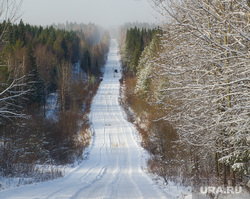 Дорога на поселок Серебрянка под Нижним Тагилом, природа урала, зимняя дорога