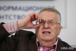 Пресс-конференция ЛДПР в ТАСС. Москва, жириновский владимир, поправляет очки