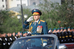 Парад в Чите. Суровикин. Путин, суровикин сергей