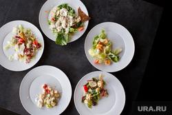 Дегустация салата Цезарь из разных кафе и ресторанов. Екатеринбург, салат цезарь, салаты еда