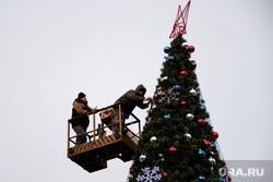 Новогодняя площадь 2017. Курган, елка на площади, новогоднее оформление