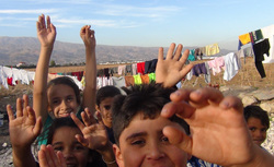 Волонтер Евгений Ганеев в Сирии, сирийские беженцы