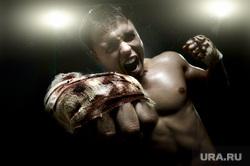 Флаг Украины, борьба, кулак, прослушка , борьба, кулак, агрессия, ненависть, злость, удар, кулаки, оскал, кулак в крови