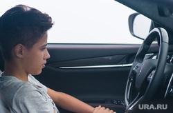 Открытие автоцентра Maserati. Екатеринбург, водитель, подросток, руль, автомобиль, мазерати, maserati, тинейджер за рулем