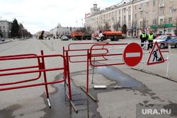 Ремонт дороги на площади Ленина. Курган, кирпич, площадь ленина