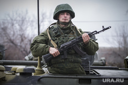 Репетиция парада Победы. Екатеринбург, солдат, военный, автомат калашникова