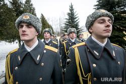 Однодневные сборы парламентариев и прессы в 21 бригаде Росгвардии. Москва, почетный караул, строй солдат, росгвардия