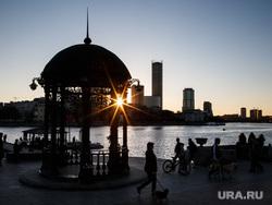 Весна в Екатеринбурге, закат, вечер, город екатеринбург, городской пруд, плотинка