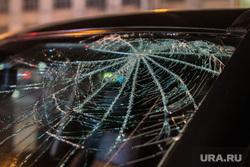 Авария на Карла Либкнехта-Ленина. Екатеринбург, автомобильная авария, дтп, разбитое окно
