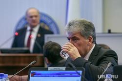 Заседание ВЦИК. Москва, стакан воды, вцик, грудинин павел, зюганов геннадий