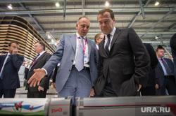ИННОПРОМ-2014: проходка Дмитрия Медведева по выставке и пленарка. Екатеринбург, пумпянский дмитрий
