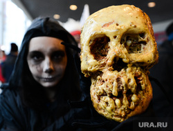 Хоккей Трактор-Лада. Челябинск, череп, хеллоуин, маскарад