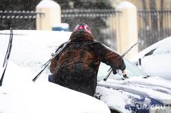 Снегопад. Уборка города. Челябинск., зима, снегопад, машина в снегу