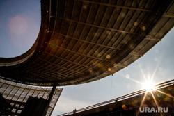 Визит делегации FIFA на стройплощадку Екатеринбург-Арены (ex. Центральный стадион). Екатеринбург, солнце, центральный стадион, екатеринбург арена