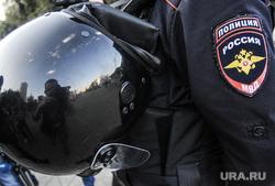 Встреча Алексея Навального с екатеринбуржцами. Екатеринбург, шлем, каска, полиция