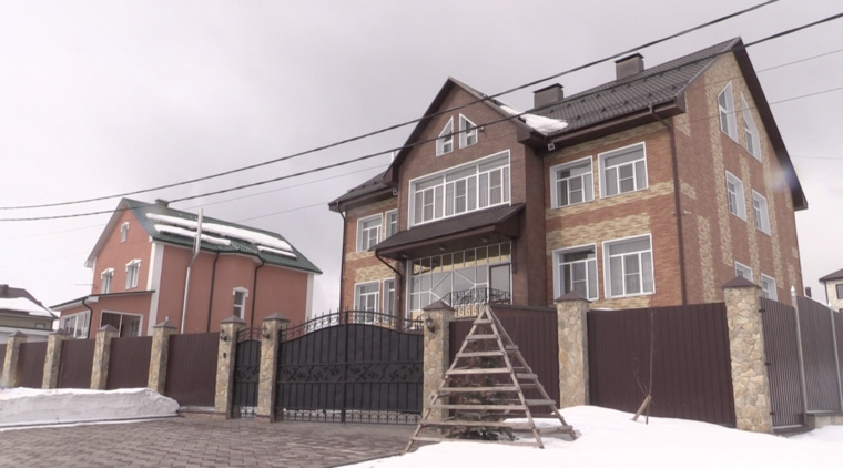 Глава кемеровского МЧС опроверг информацию обобысках унего дома