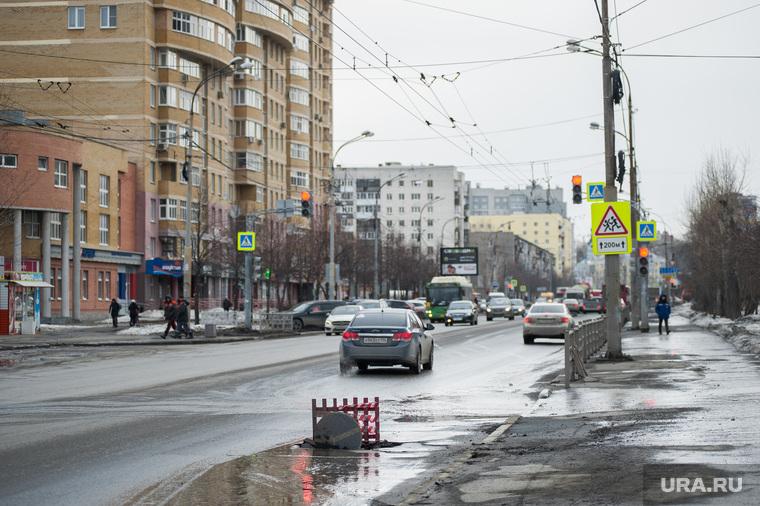 Состояние дорог Екатеринбурга, проезжая часть, ремонт дороги, улица крауля