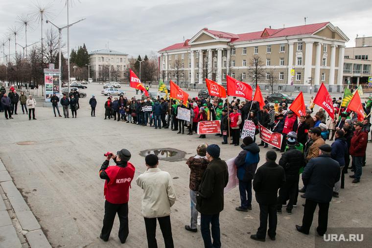 Митинг против строительства мусороперерабатывающего предприятия. Курган, кпрф, митинг, лозунги